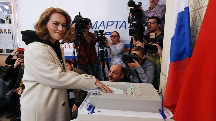 سوبتشاك تصوت وتختبر نظام الاقتراع