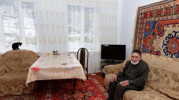 عباس إلييف.. أكبر مسّن روسي يدلي بصوته!
