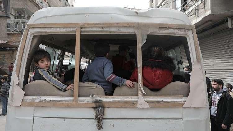 مركز المصالحة الروسي: أكثر من 73 ألف شخص خرجوا من الغوطة الشرقية