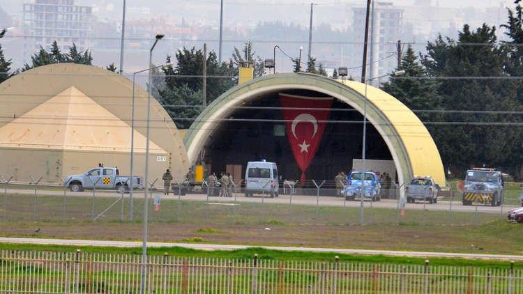 المغادرة أم البقاء: يدفعون الجنود الأمريكيين لمغادرة تركيا