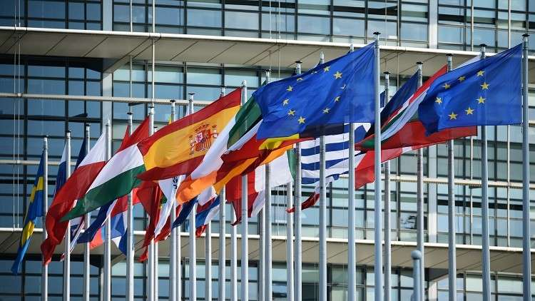 برلماني أوروبي يقارن بين ترامب وبوتين