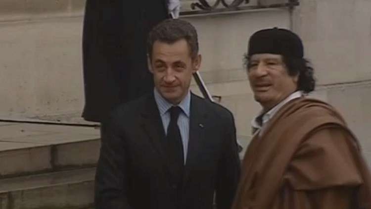 الشرطة الفرنسية تحتجز ساركوزي للتحقيق