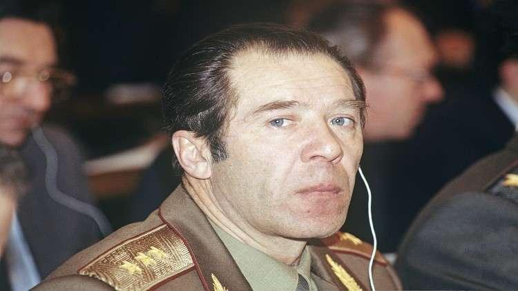 في روسيا.. مات الجنرال قاصف البرلمان
