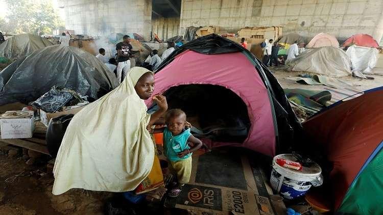 الجزائر ترحل 27 ألف مهاجر إفريقي