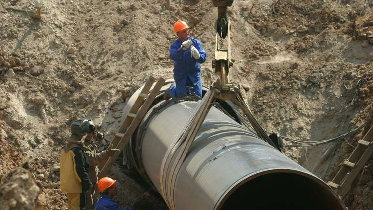 أمريكا تستنفر قواها لقطع طريق الغاز الروسي