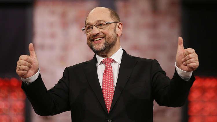 الرئيس السابق للحزب الاشتراكي الألماني يقر بارتكابه