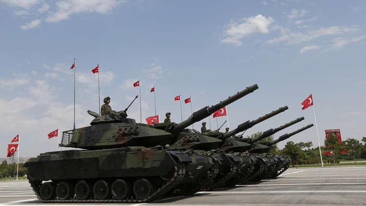 تركيا تنشئ قاعدة استراتيجية تحت الأرض