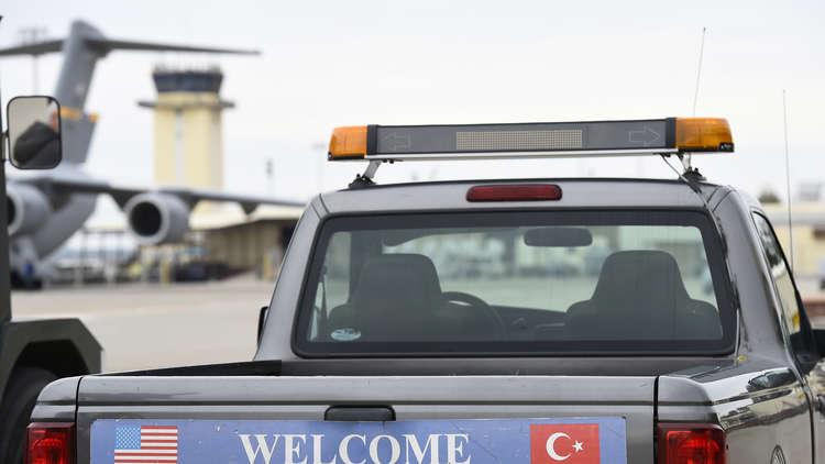 البنتاغون ينفي مغادرته قاعدتي إنجرليك التركية والعديد القطرية