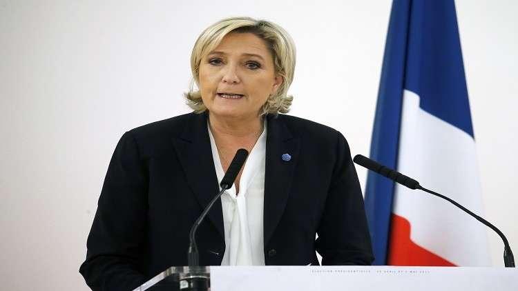 لوبان تطالب باستقالة وزير داخلية فرنسا وبطرد الأجانب الخطرين أمنيا