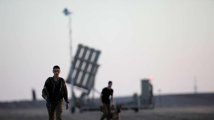 الفلسطينيون يقومون بتشغيل القبة الحديدية بواسطة نيران الرشاشات وإسرائيل تفتح تحقيقا