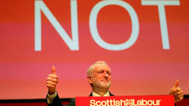 بريطانيا.. زعيم حزب العمال يرفض اتهامات اليهود بمعاداته للسامية