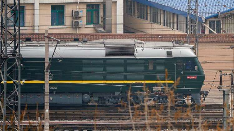 فيديو.. تكهنات بتوجه زعيم كوريا الشمالية إلى الصين عبر قطار