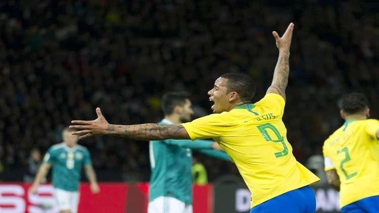 كان يطلي الأرصفة عندما أُذلت البرازيل .. واليوم ينتقم