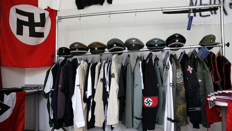 الشرطة الألمانية تداهم منازل مشتبه بصلتهم مع النازيين الجدد