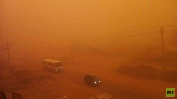 بالصور...عاصفة رملية تضرب الخرطوم