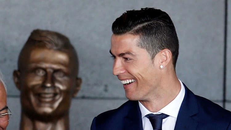 شاهد النتيجة.. تمثال رونالدو والمحاولة الثانية