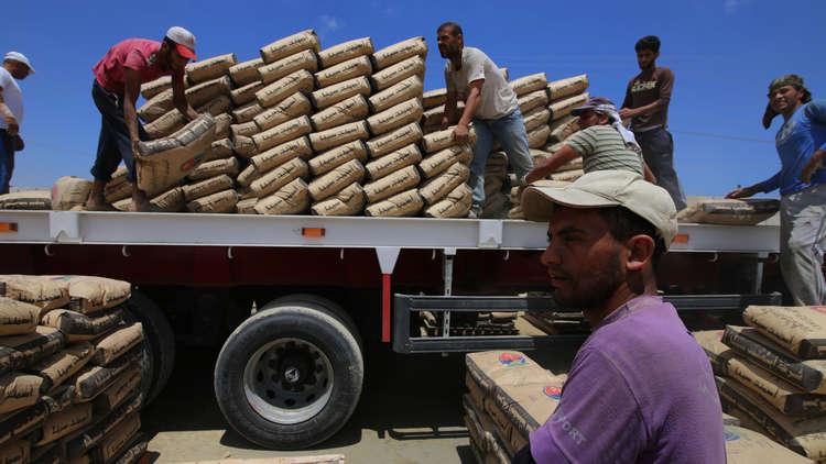 شحنة إسمنت تستدعي القلق الإسرائيلي من الحدود المصرية