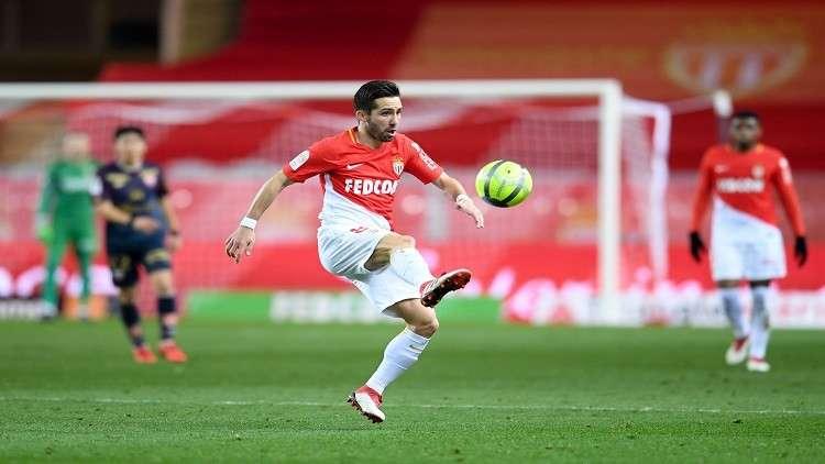 موتينيو يجدد تعاقده مع موناكو لغاية 2020