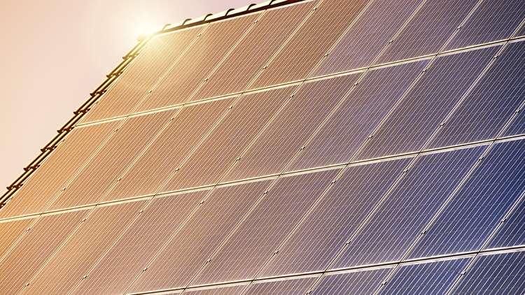 السعودية باستطاعتها سدّ حاجة العالم من الطاقة الشمسية