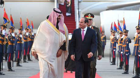 الرئيس المصري عبد الفتاح السيسي وولي العهد السعودي الأمير محمد بن سلمان