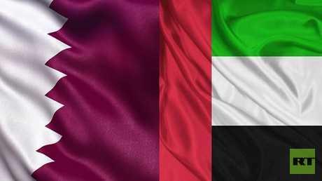 العلمان الإماراتي والقطري