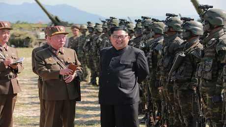 أرشيف  - زعيم كوريا الشمالية كيم جونغ- أون