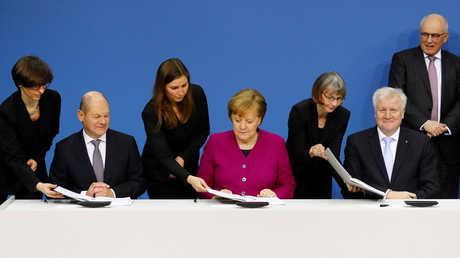 مراسم التوقيع على اتفاق تشكيل الحكومة الائتلافية في ألمانيا