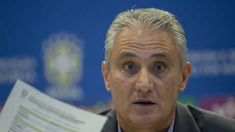 مدرب المنتخب البرازيلي لكرة القدم تيتي