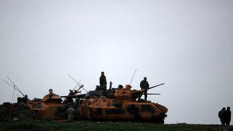 دبابات تركية على حدود سوريا