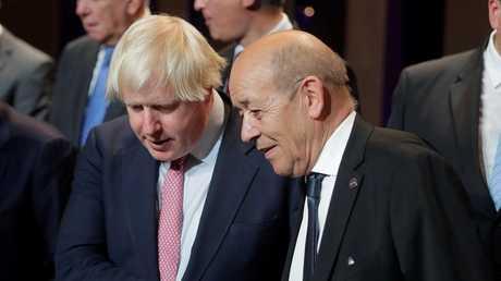 وزير الخارجية الفرنسي جان إف لودريان ووزير الخارجية البريطانية بوريس جونسون، أرشيف