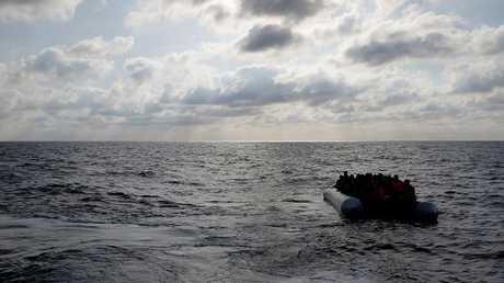 مذكرات اعتقال بحق 200 مهرب في ليبيا