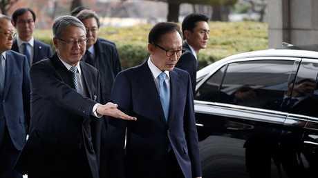 لي ميونغ باك رئيس كوريا الشمالية السابق