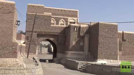 فيديو من مدينة زبيد اليمنية الأثرية التي تهدد الحرب بتدميرها