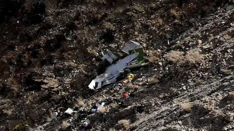 حطام الطائرة التركية المنكوبة في إيران
