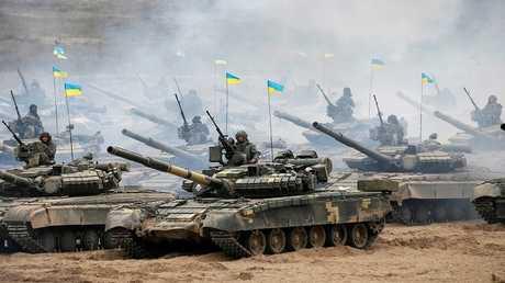 أرشيف - دبابات أوكرانية