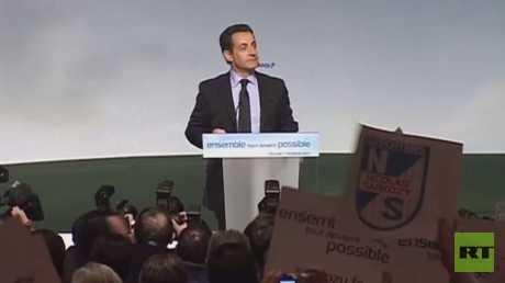 ساركوزي يندد بالتهم الموجهة إليه