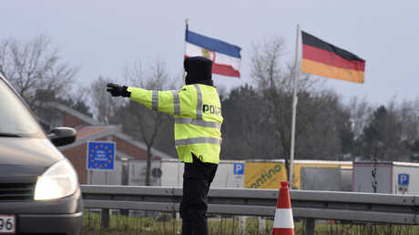 نقطة تفتيش بين ألمانيا والدنمارك