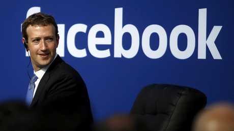 """مؤسس موقع التواصل الاجتماعي """"فيسبوك"""" مارك زوكربيرغ"""