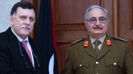 القائد العام للجيش الليبي المشير خليفة حفتر ورئيس حكومة الوفاق الوطني في العاصمة الليبية طرابلس فايز السراج