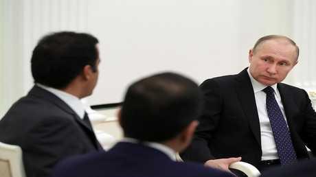 الرئيس الروسي خلال لقاء أمير قطر يشيد بالعلاقات الثنائية