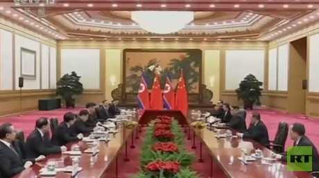كيم يغادر بكين بعد أولى زياراته الخارجية