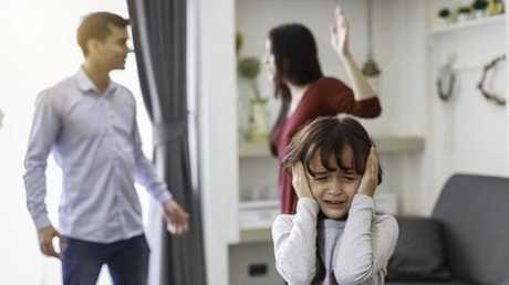 صراعات الأبوين تضر بالصحة العقلية للأطفال