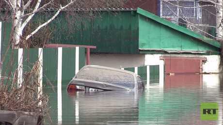 الفيضانات في إقليم آلتاي تجبر السلطات على إجلاء السكان