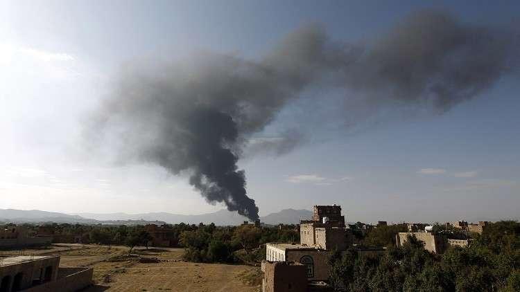 مراسلنا: 12 قتيلا في غارتي التحالف على مخيمات للنازحين في اليمن