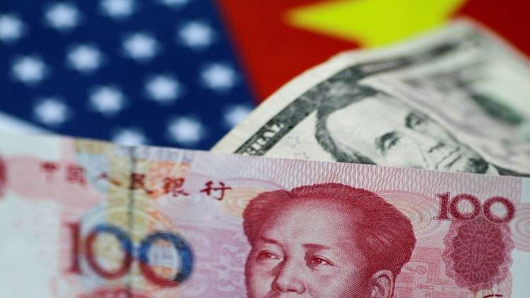 موسكو وبكين تسعران عقودهما النفطية باليوان الصيني