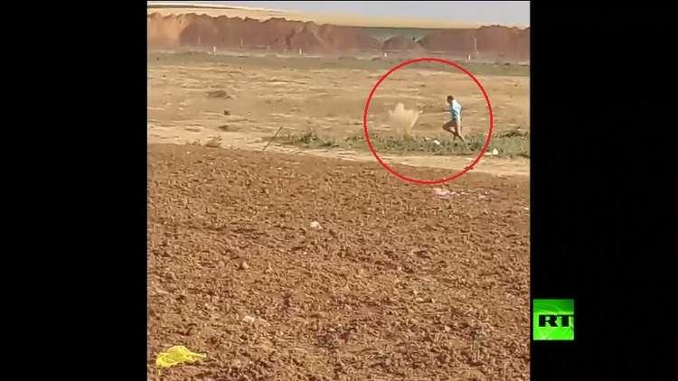 القناصة الإسرائيليون يستهدفون مدنيين عزلا في غزة