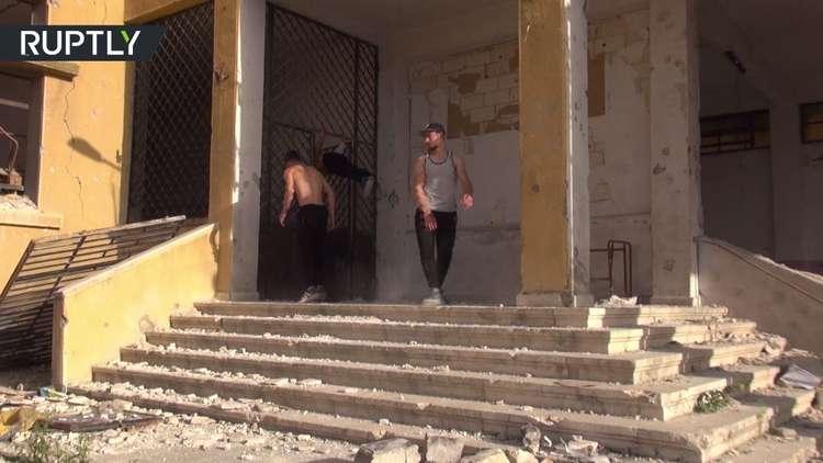 شباب حلب يمارسون رياضة