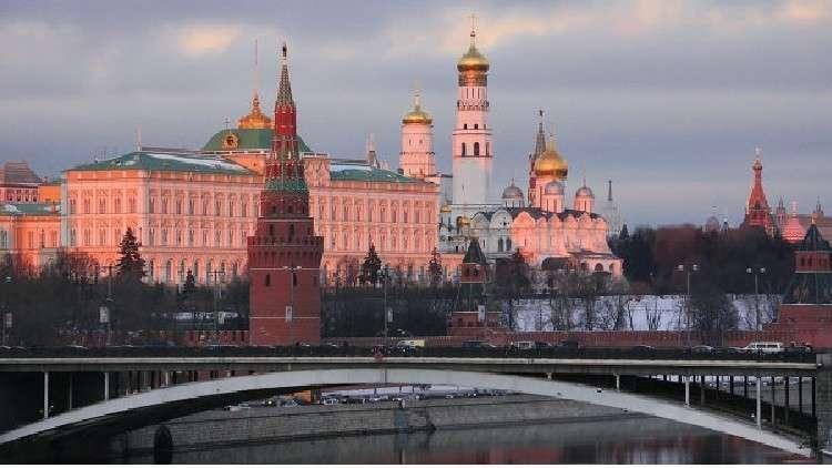 الكرملين: على ماي وجونسون الاعتذار لروسيا