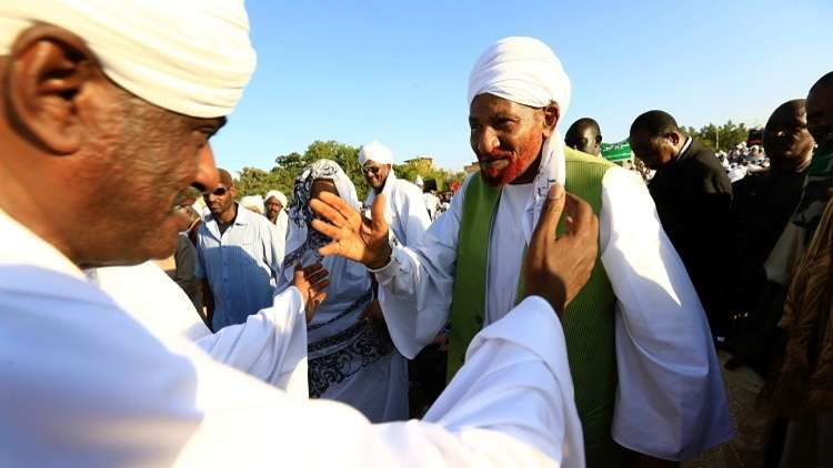 الأمن السوداني يتهم الصادق المهدي بمحاولة إسقاط النظام