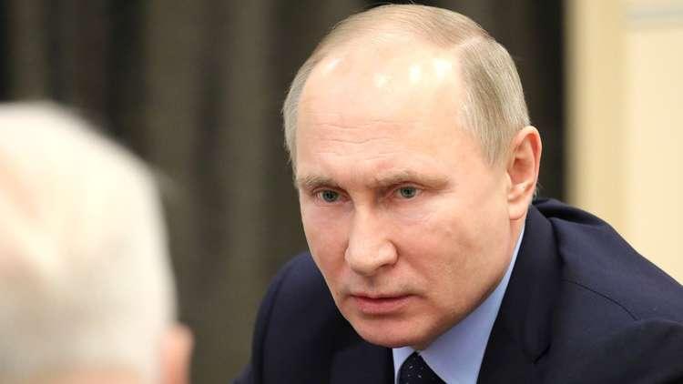 الولايات المتحدة تصنع من بوتين مجسما للضرب لا تخشاه